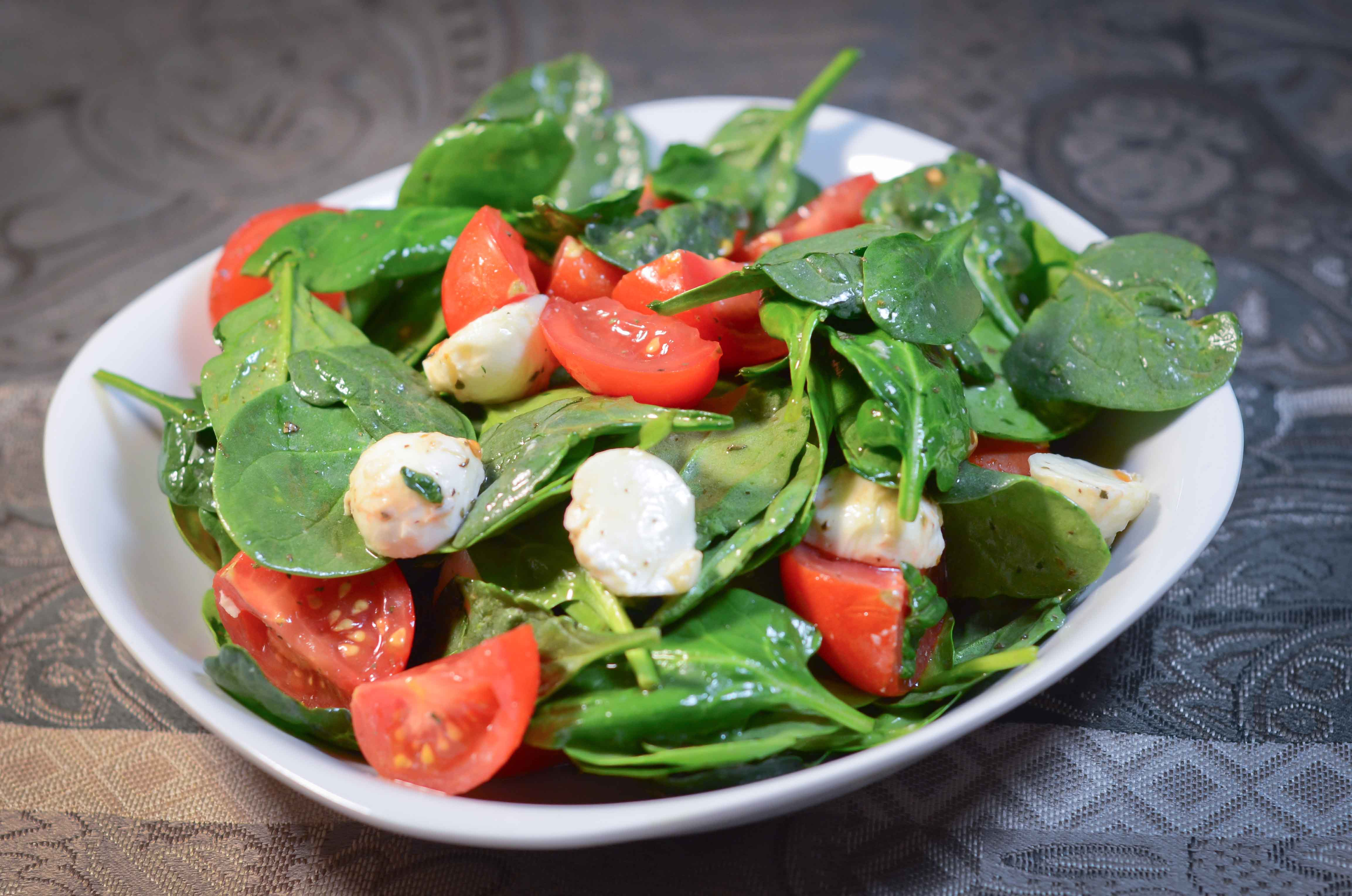 Tomato Spinach Salad | My Real Food Family